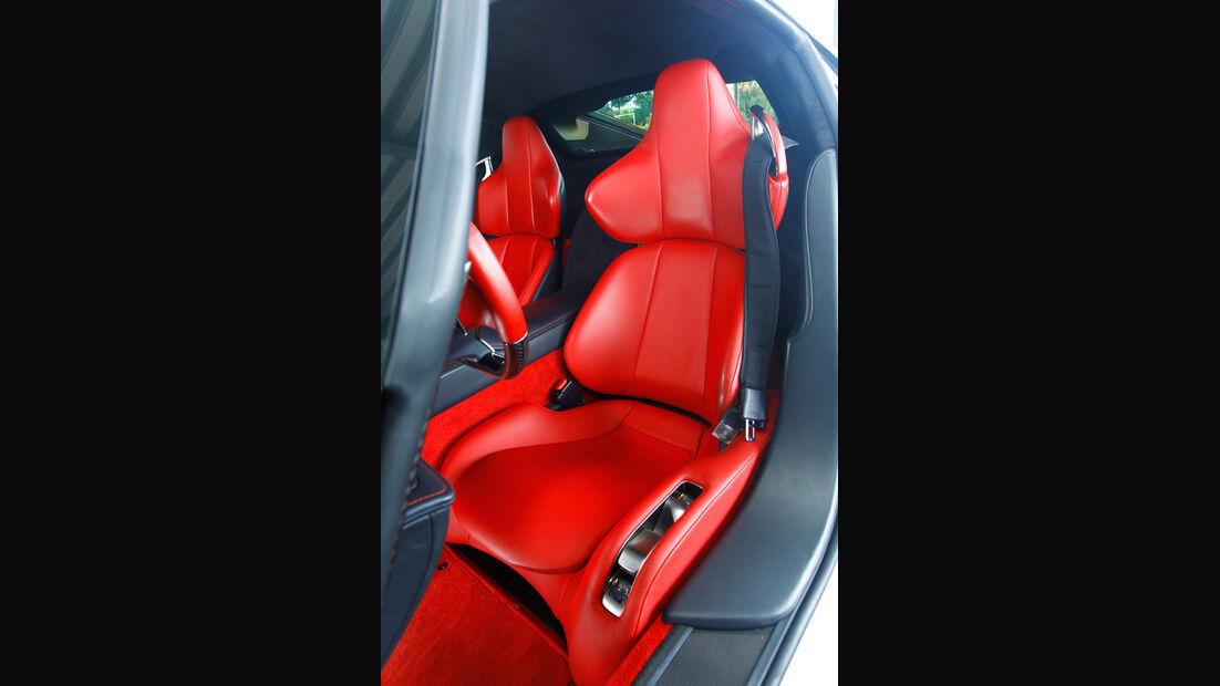 Lexus LFA, Sitz