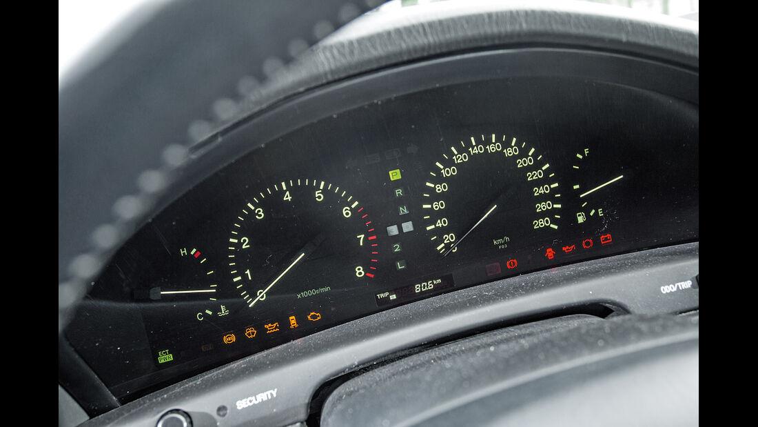 Lexus LS 400, XF10/XF20, Rundinstrumente