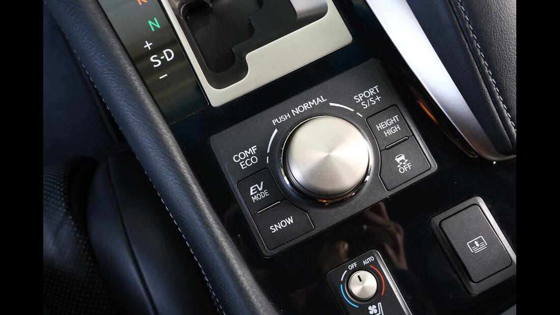 Lexus LS 600h F-Sport, Bedienelemente