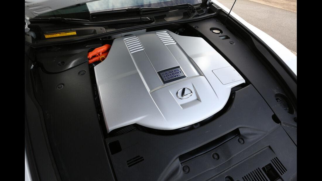Lexus LS 600h F-Sport, Motor