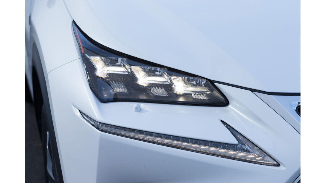 Lexus NX 300h E-Four F SPORT, Frontscheinwerfer