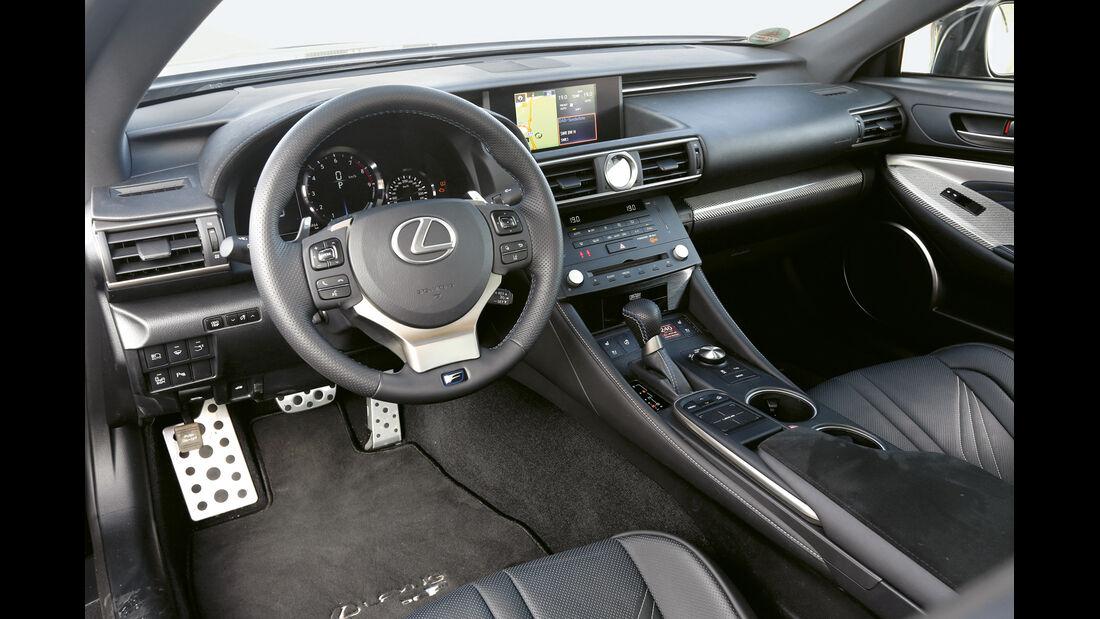 Lexus RC F, Cockpit