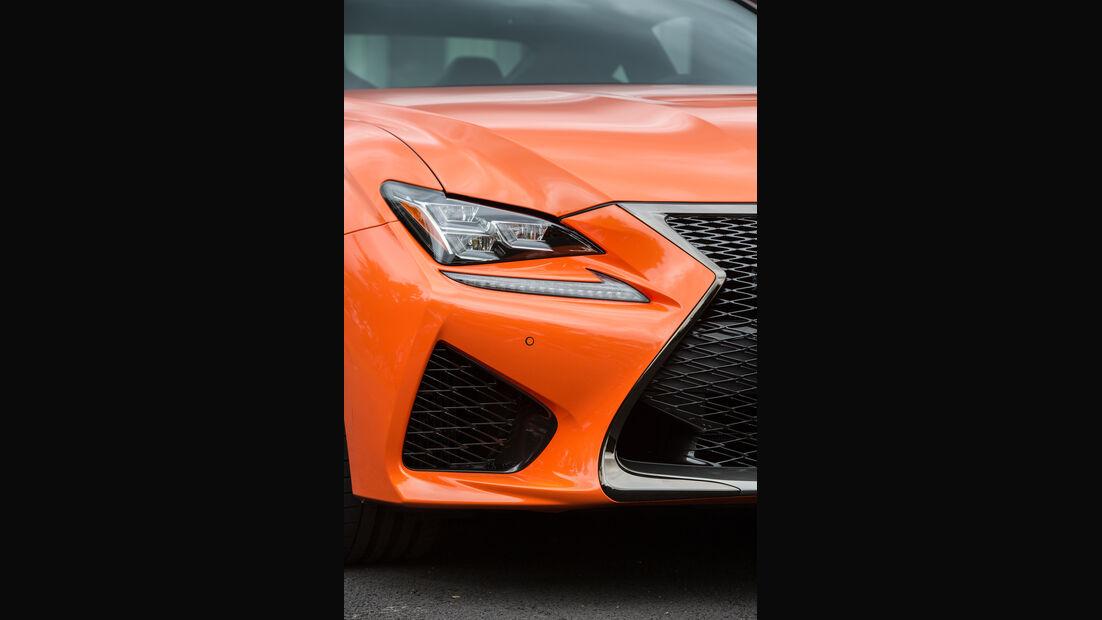 Lexus RC F, Frontscheinwerfer