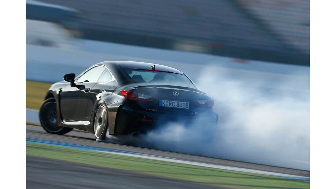Lexus RC F, Heckansicht, Driften