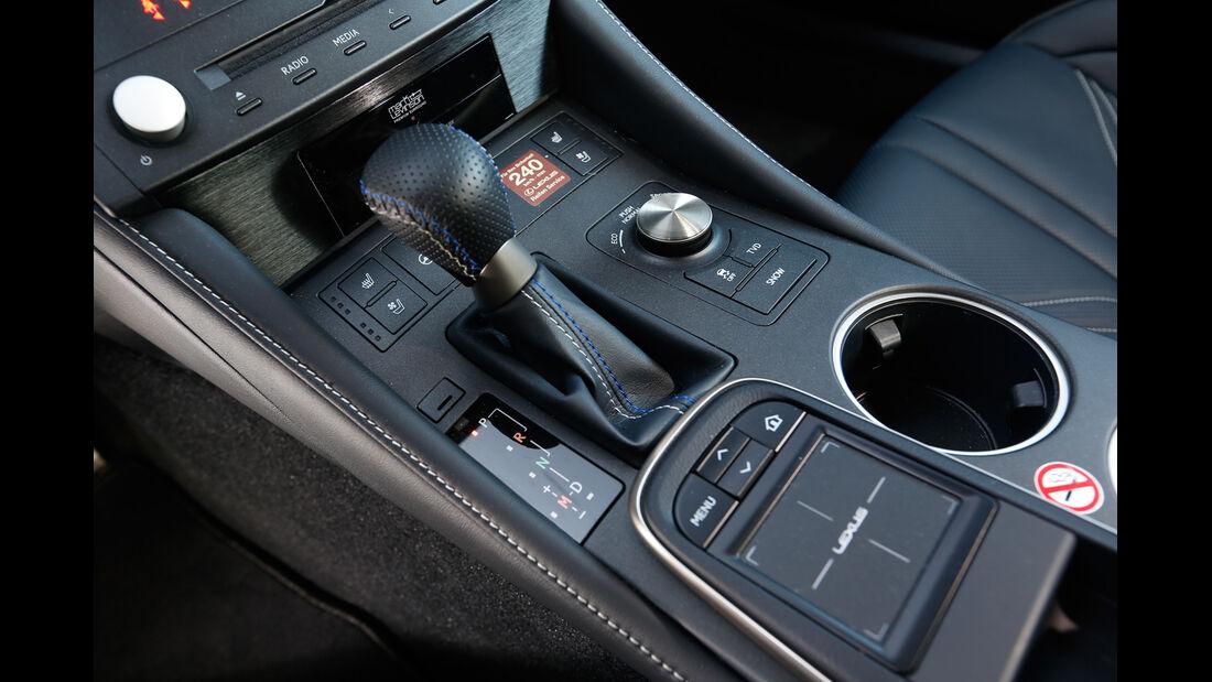 Lexus RC F, Mittelkonsole