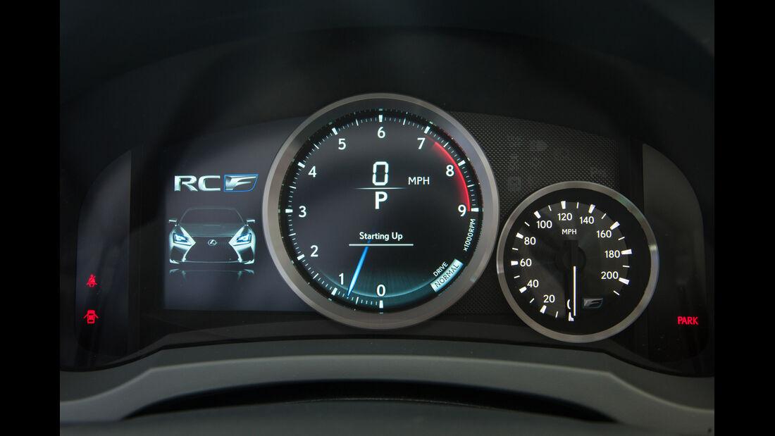 Lexus RC F, Rundinstrumente