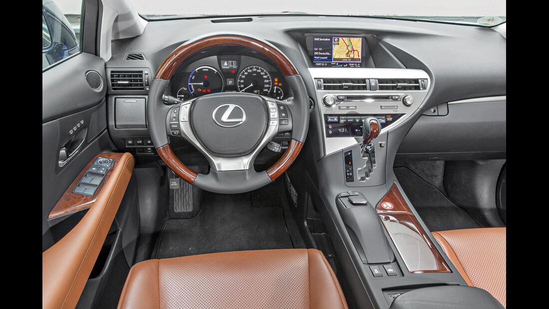 Lexus RX 450h, Cockpit