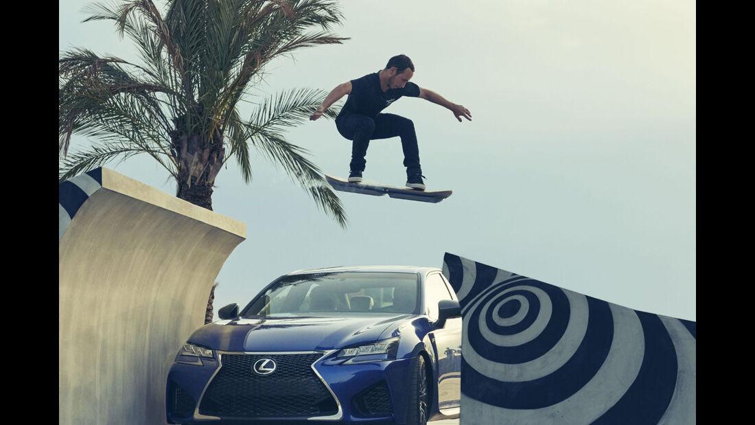 Lexus Slide, Hoverboard