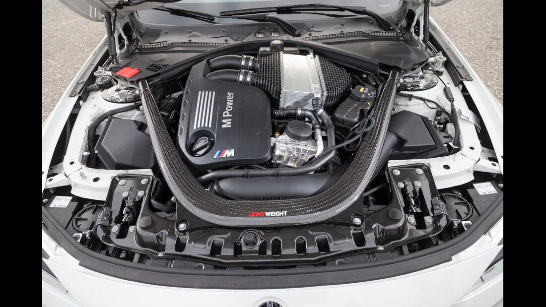 Lightweight BMW M4 Coupé, Motor