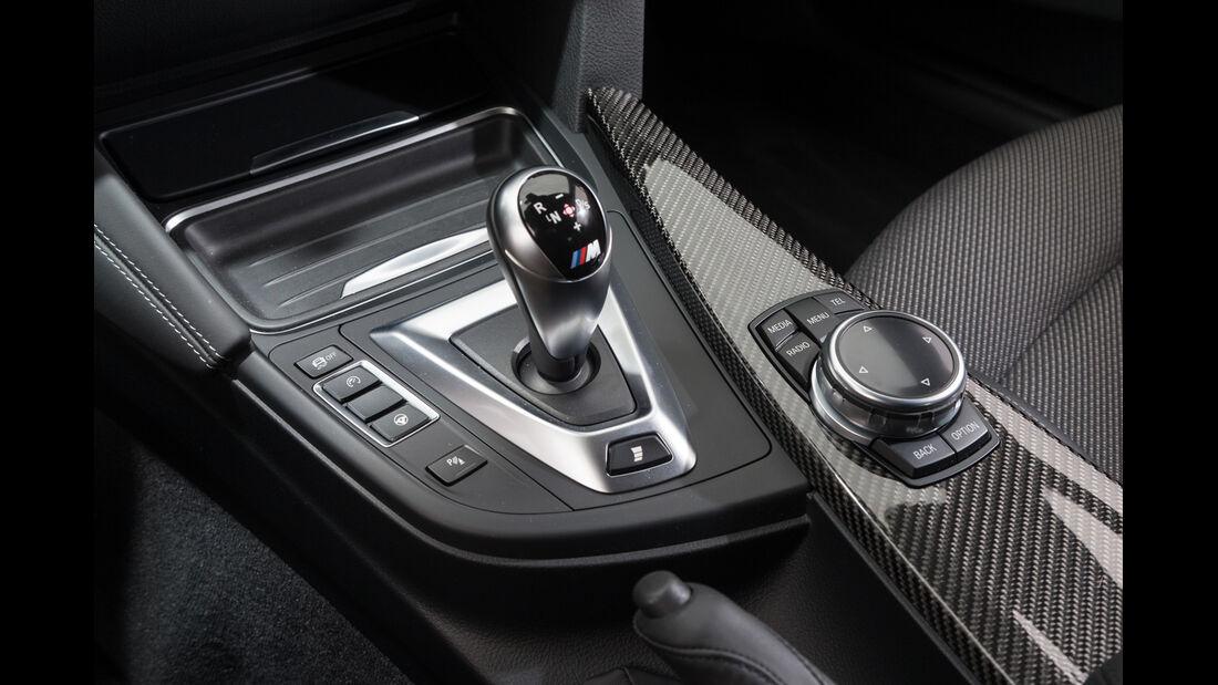 Lightweight BMW M4 Coupé, Schalthebel