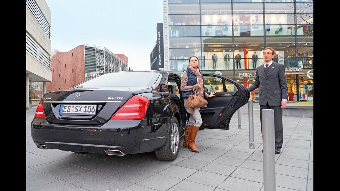 Limousinen-Service, Aussteigen, Chauffeur