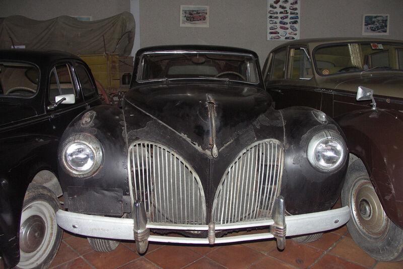 Lincoln Continental, Garage