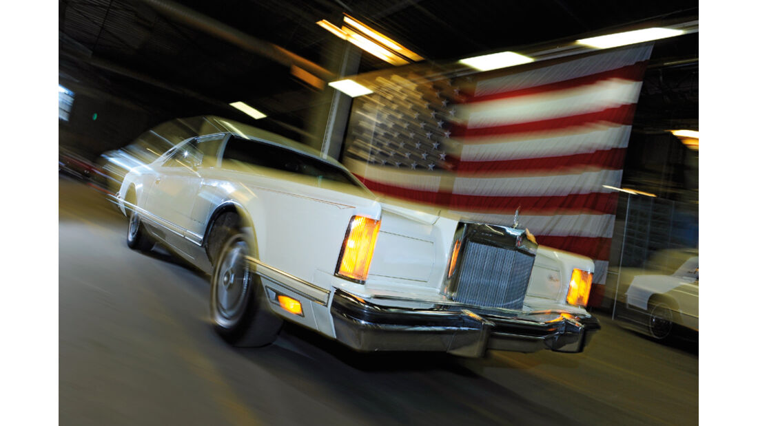 Lincoln Continental Mark V, 1977