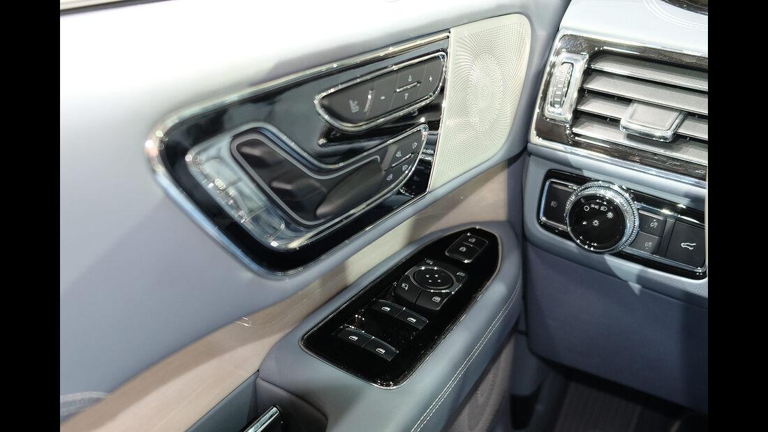 Lincoln Navigator 2022