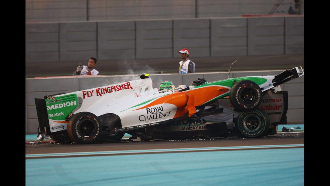 Liuzzi Schumacher GP Abu Dhabi