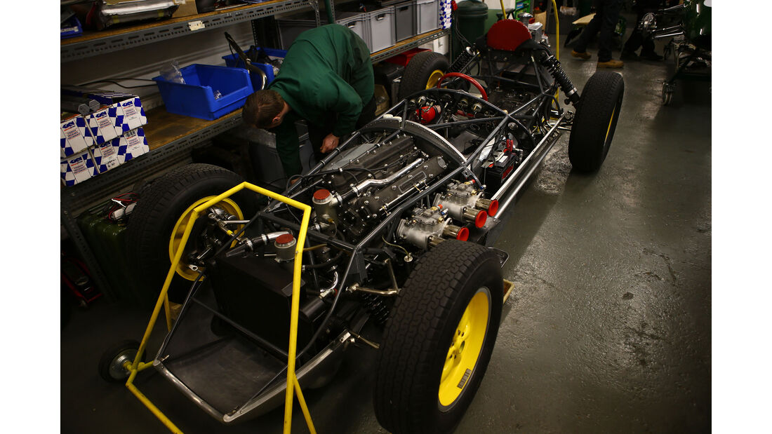 Lotus 16 - Classic Team Lotus - Lotus Workshop - Werkstatt - Hethel - England