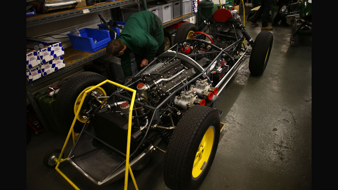 Lotus 16 - Classic Team Lotus - Lotus Workshop - Werkstatt - Hethel - England