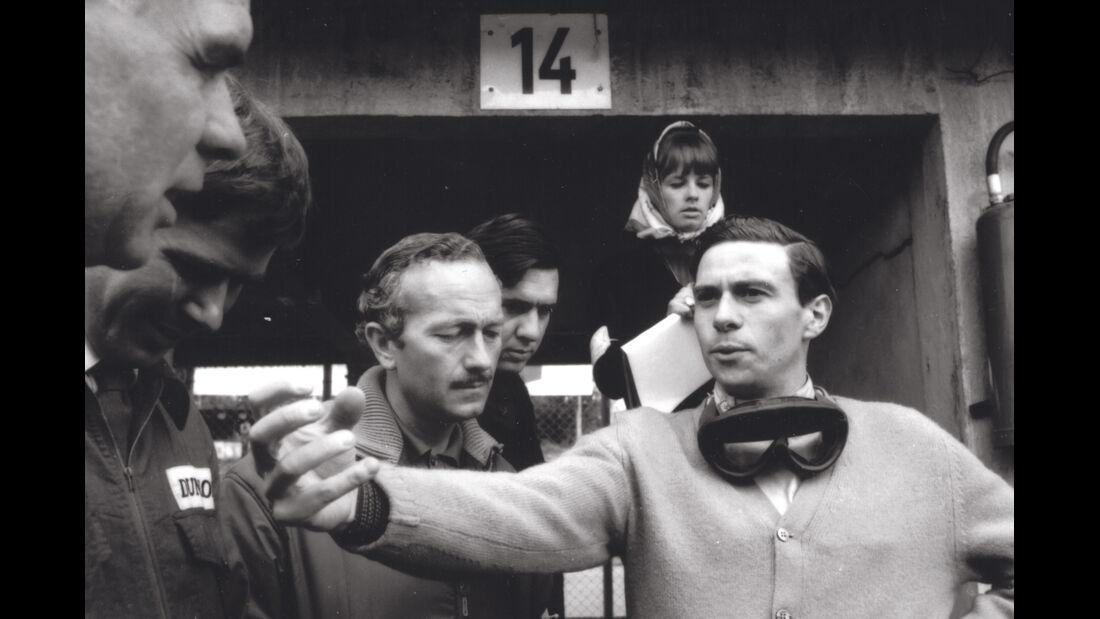 Lotus 25, Chapman, Clark
