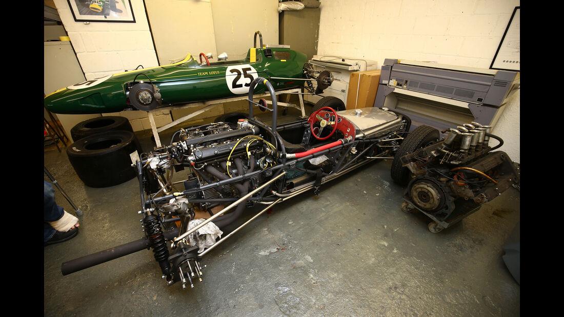 Lotus 25 - Lotus 18 - Classic Team Lotus - Lotus Workshop - Werkstatt - Hethel - England