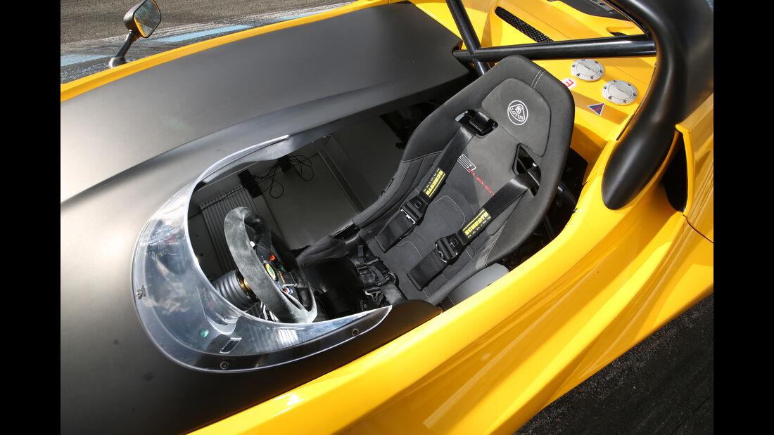 Lotus 3-Eleven, Fahrersitz