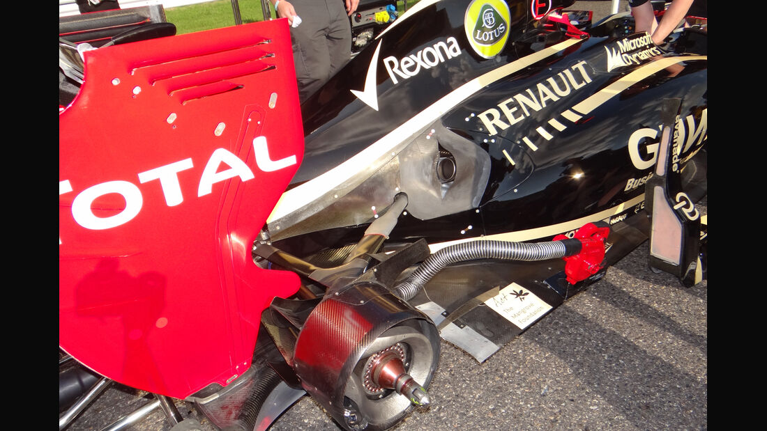Lotus Auspuff GP Japan 2012