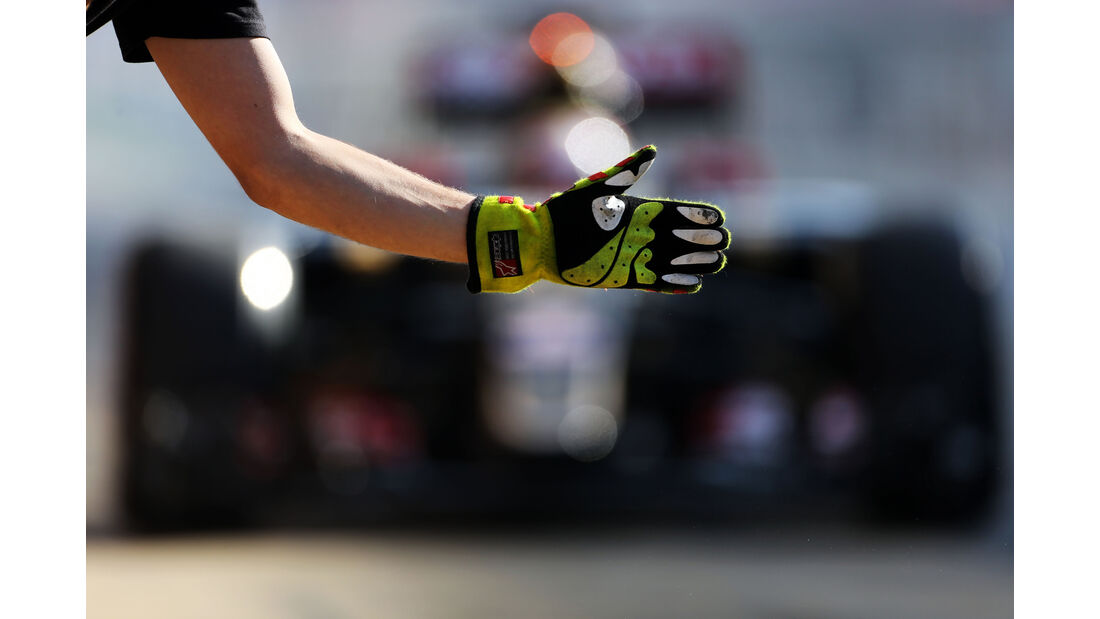 Lotus - Boxenstopp - Formel 1 - 2015