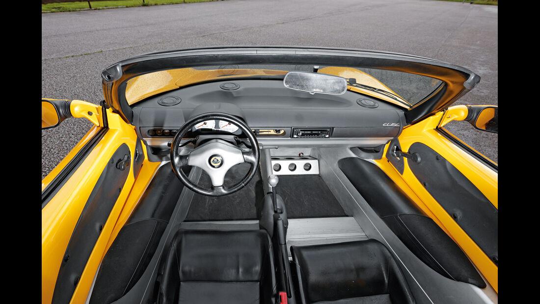 Lotus Elise, Cockpit