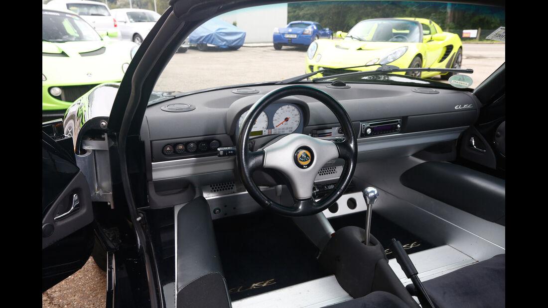 Lotus Elise Mk1, Cockpit