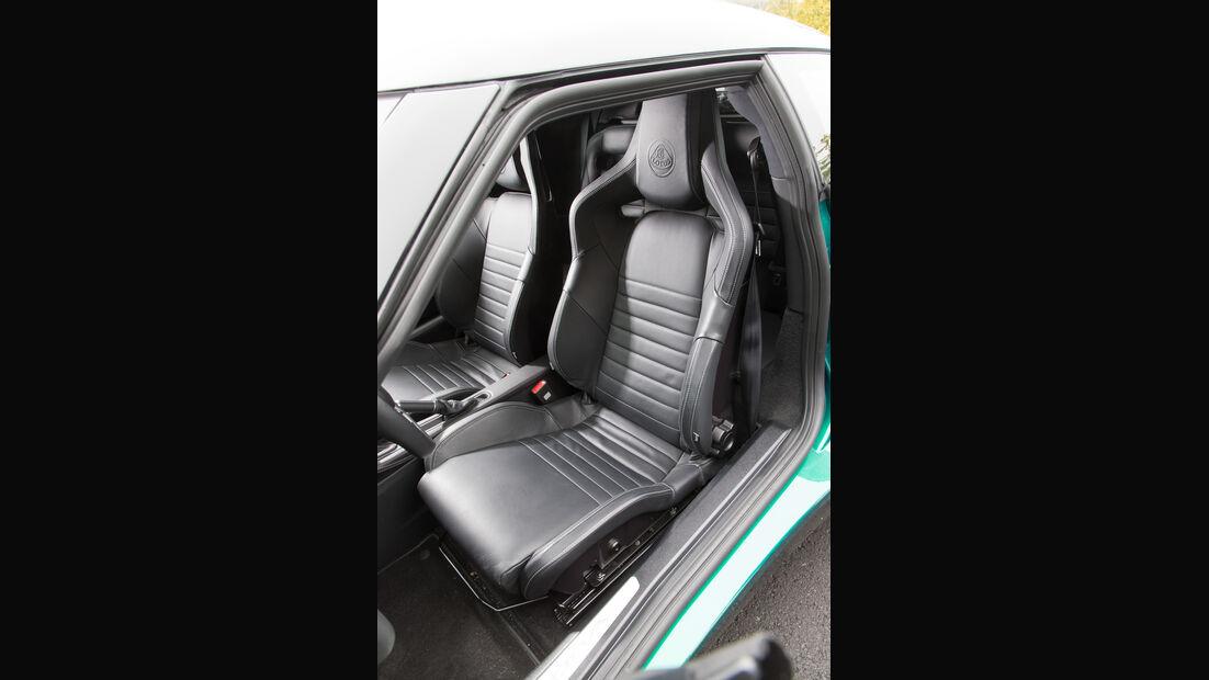 Lotus Evora 400, Fahrersitz