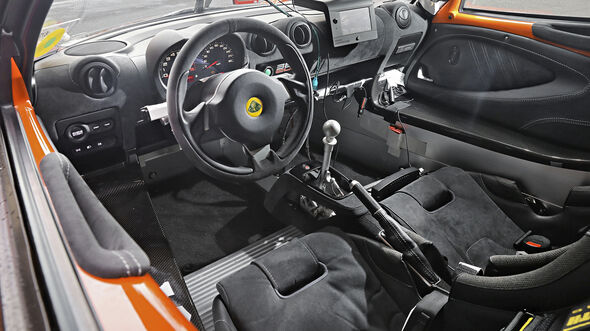 Lotus Exige Cup 380, Interieur