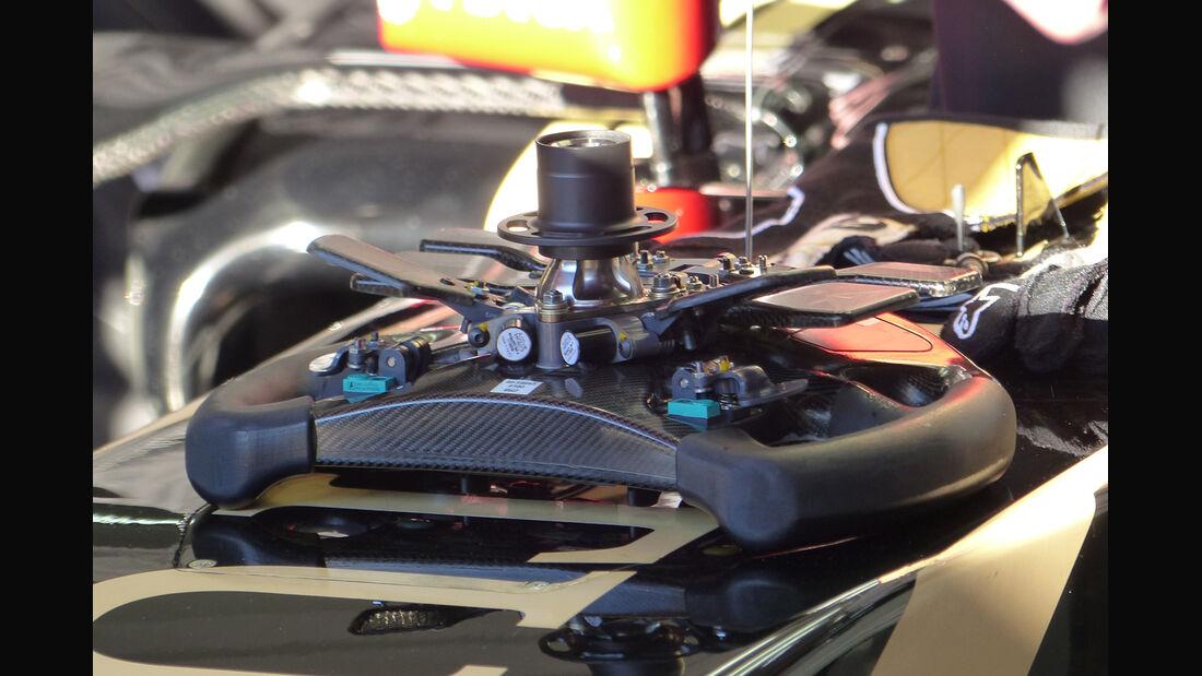 Lotus - Formel 1-Test - Barcelona - 22. Februar 2015