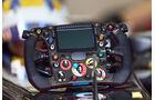 Lotus-Lenkrad - Abu Dhabi Test - Formel 1 - Tops & Flops