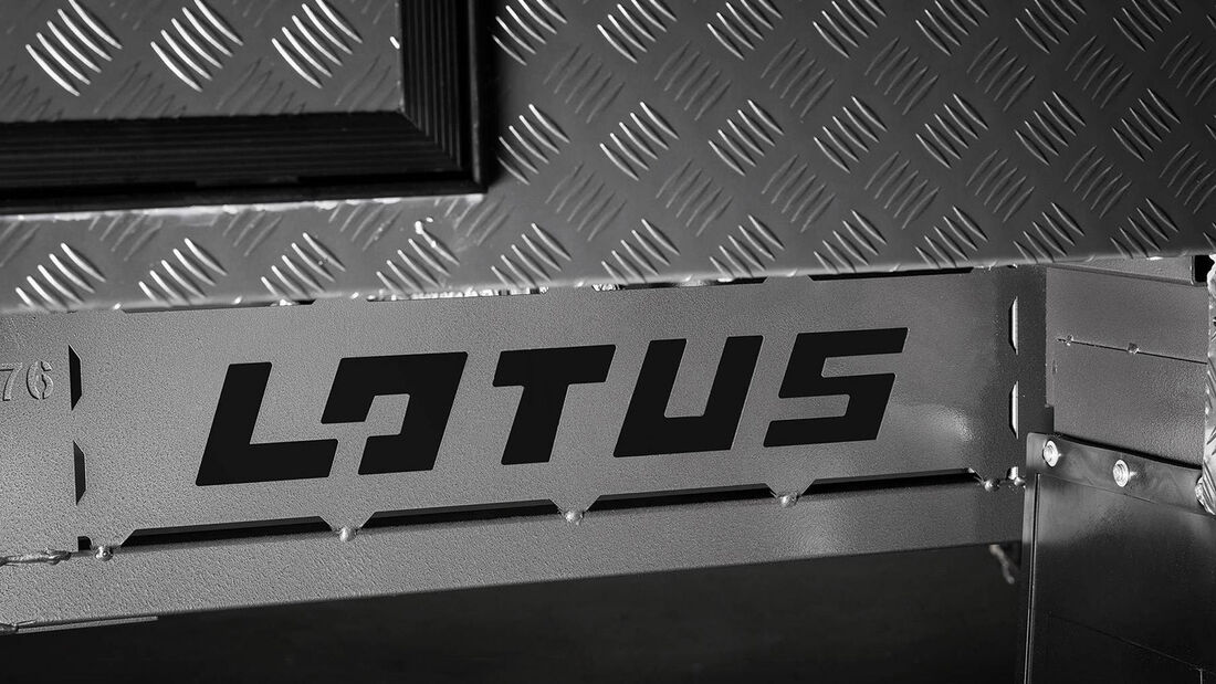 Lotus Off Grid Caravan Wohnwagen
