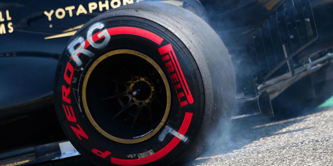 Lotus - Pirelli - Reifen - GP Ungarn 2015