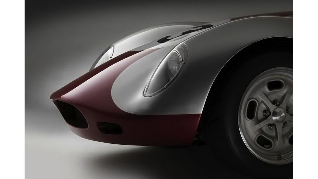 Lucra Cars LC470 Front