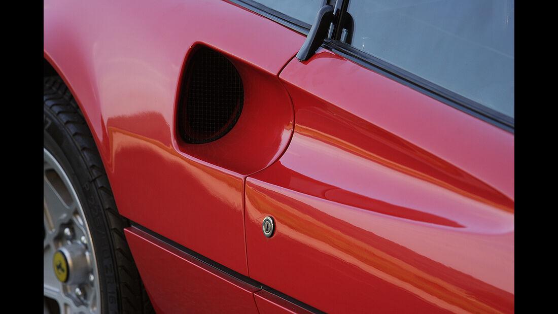 Lufteinlässe am Ferrari 308 GTB