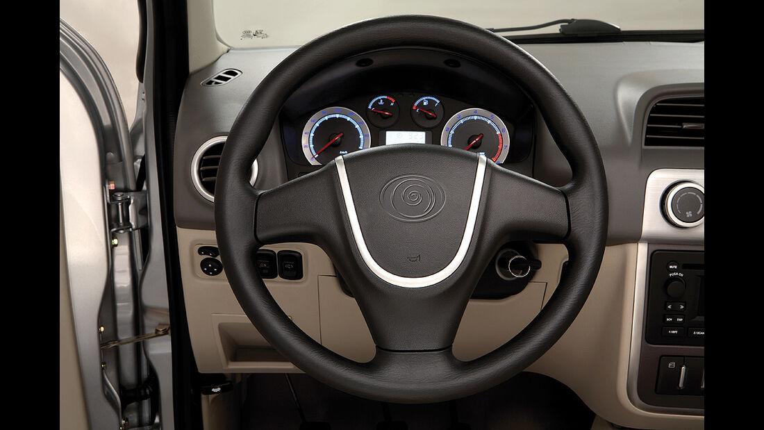 Luis 4U green, Elektroauto, E-Auto, SUV, Lenkrad