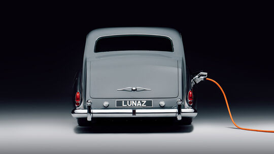 Lunaz Rolls-Royce Phantom V