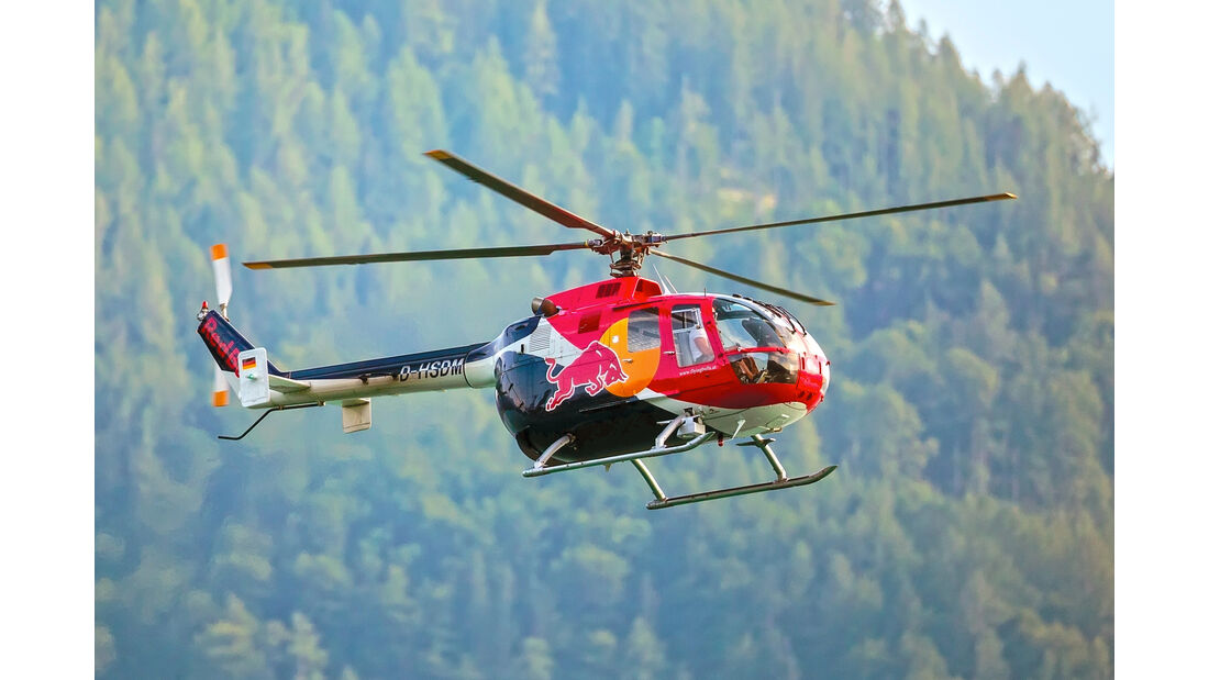 MBB Bo 105 - Helikopter - Red Bull