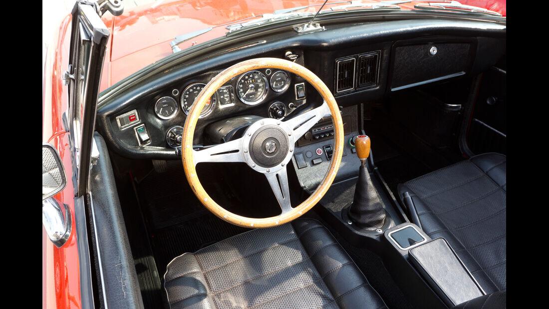 MG B, Cockpit, Lenkrad