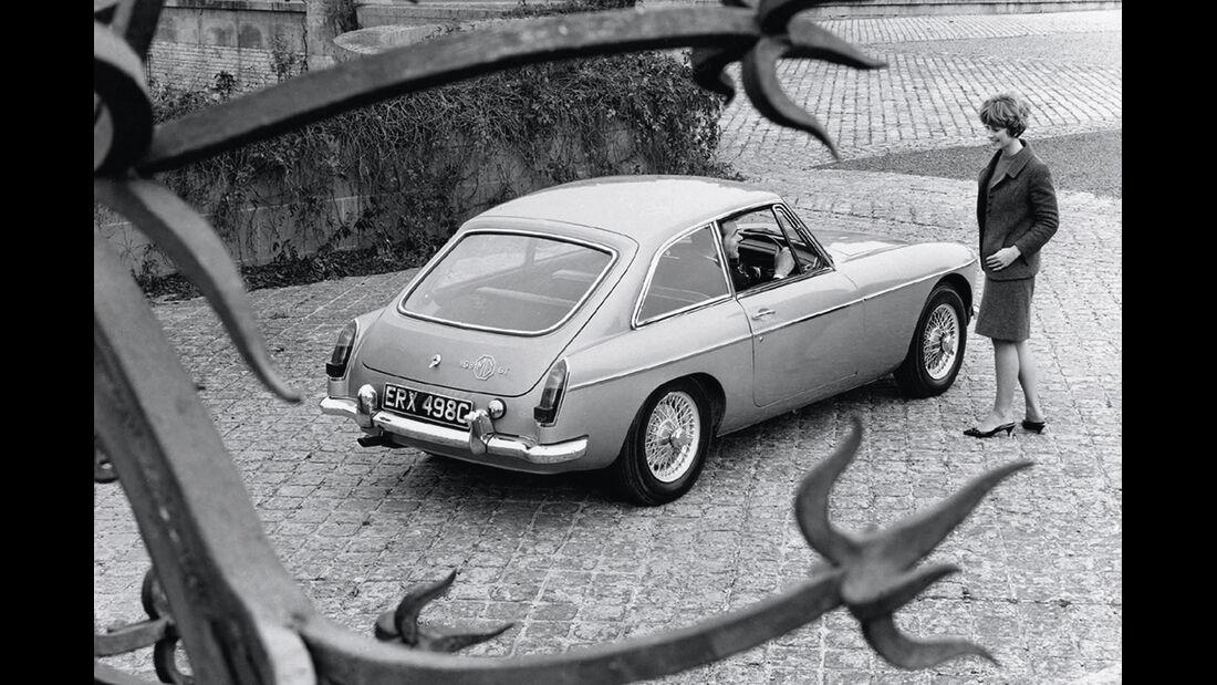 MG B GT MK I, Seitenansicht