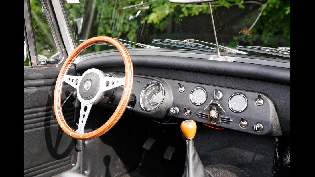 MG Midget, Cockpit