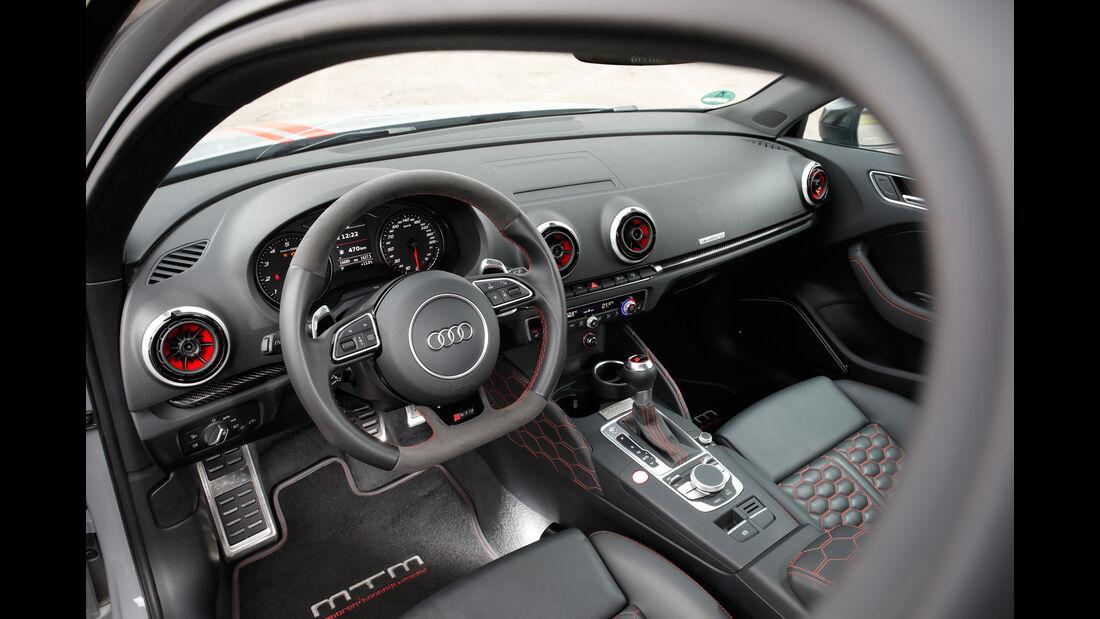 MTM-Audi RS 3 R, Cockpit