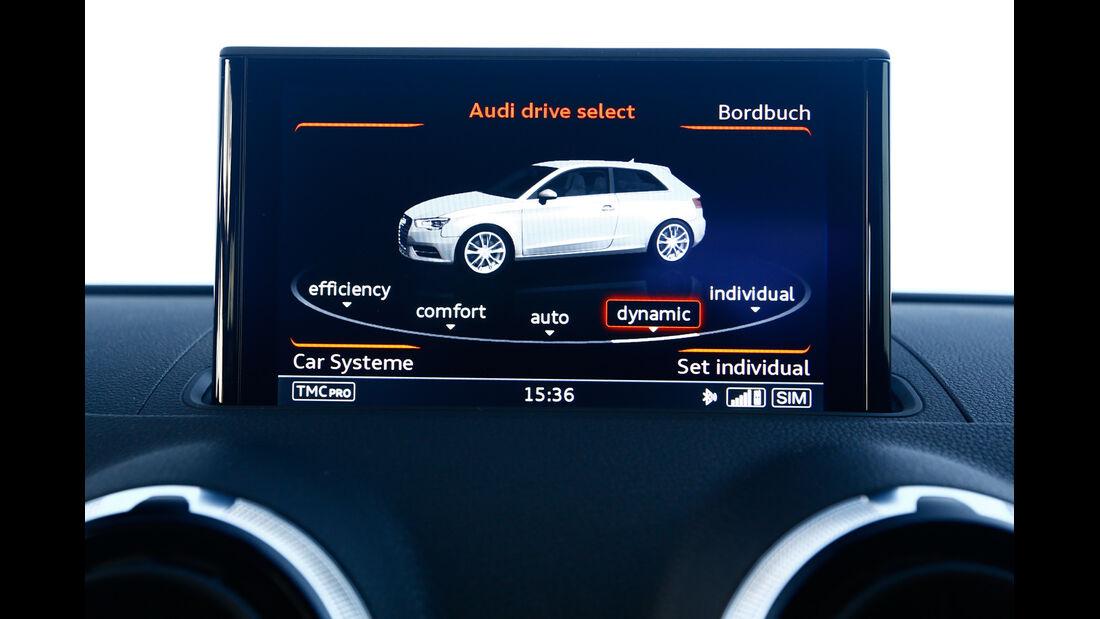 MTM-Audi S3, Anzeige, Monitor