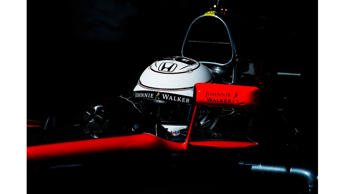 Magnussen - McLaren - Barcelona Test 2 - 2015