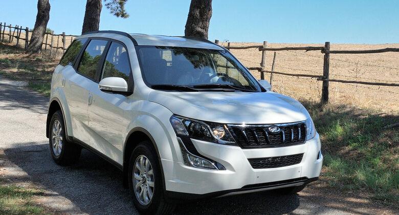 Mahindra XUV 500 Modelljahr 2016