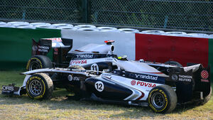 Maldonado Barrichello Williams GP Japan 2011