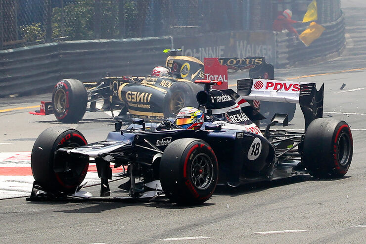 Maldonado Grosjean Crash GP Monaco 2012