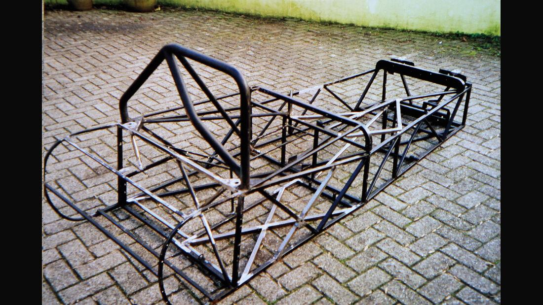 Mallock U2 MK 6, Rohrrahmen