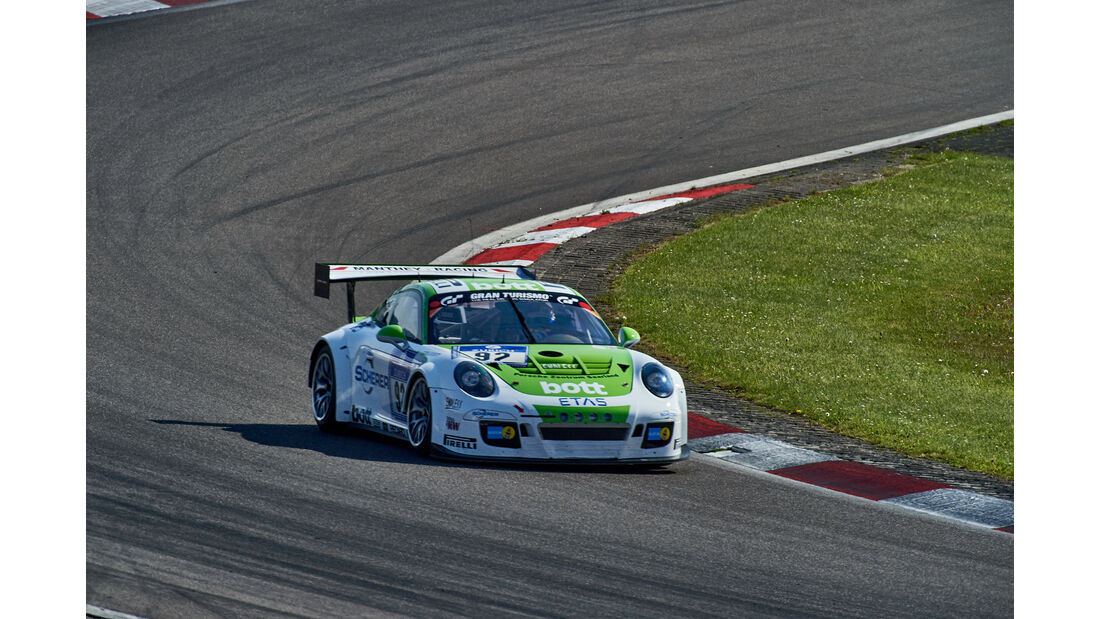 Manthey Racing - Porsche 911 GT3 Cup - #92 - 24h-Rennen Nürburgring 2015 - Top-30-Qualifying